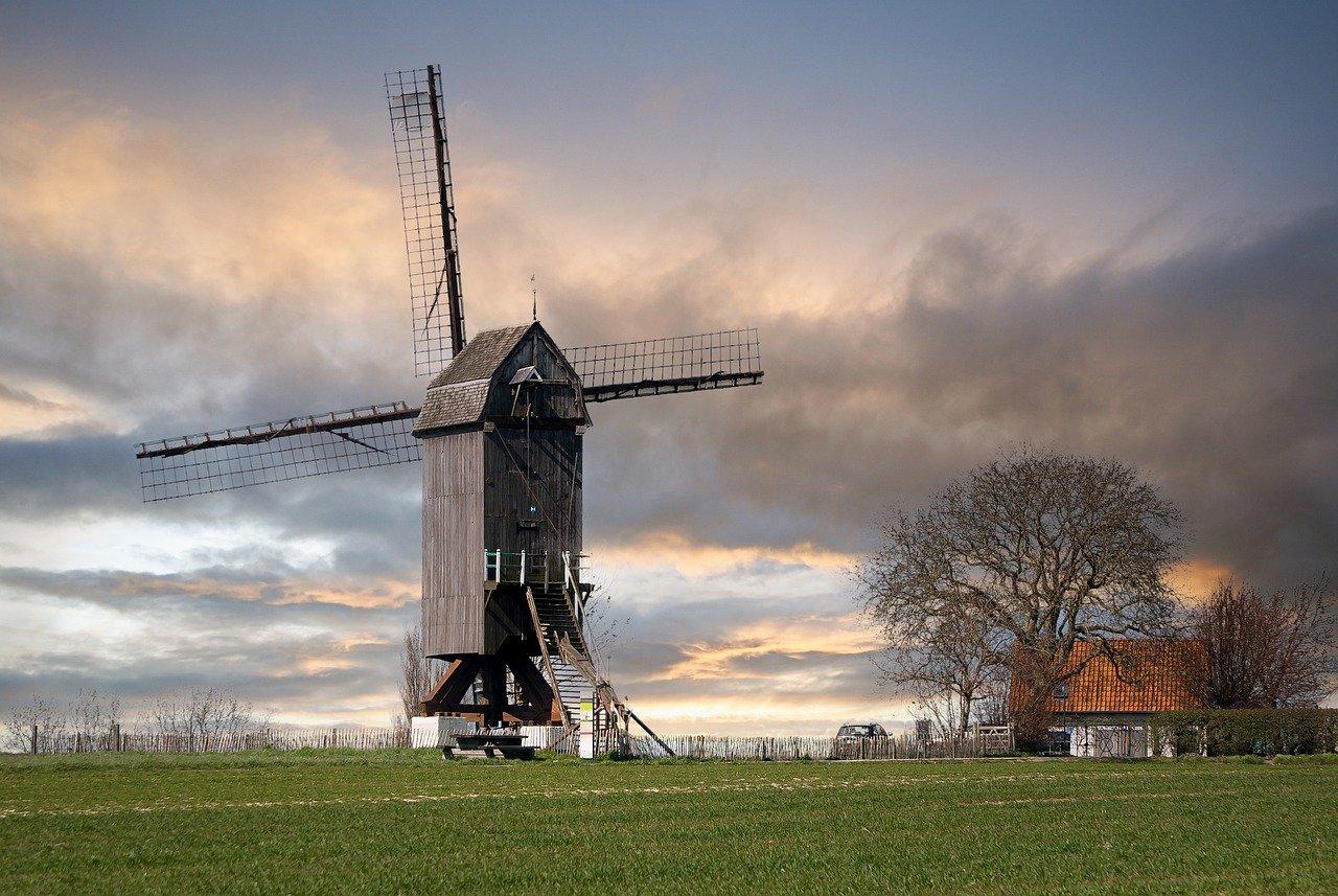 old-windmill-6250684_1280